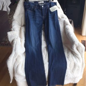 Elizabeth&James Boot Cut Jeans New With Tags